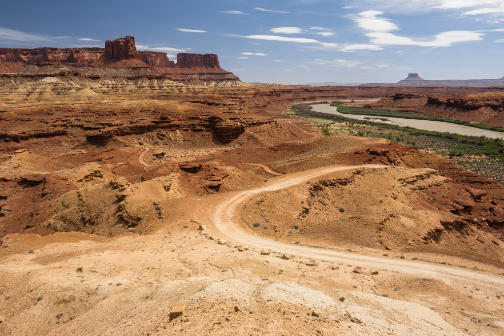 The clear sand that gives its name to the White Rim Road in the USA