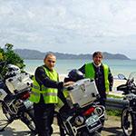 Sur le littoral, lors de votre voyage aux Philippines à moto avec Planet Ride et Philippe