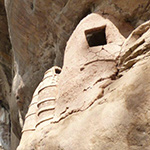 planet-ride-voyage-burkina-faso-moto-habitation-troglodyte-traditionnelle