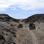 planet-ride-voyage-mongolie-4x4-vallee-encaissee