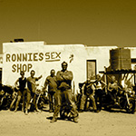 planet-ride-voyage-afrique-du-sud-moto-harley-davidson-ronnies-sex-shop-