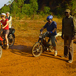 planet-ride-voyage-burkina-faso-mobylette-groupe-amis-terre