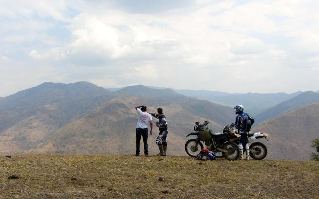 Voyage au Kenya à moto avec une agence de voyage locale