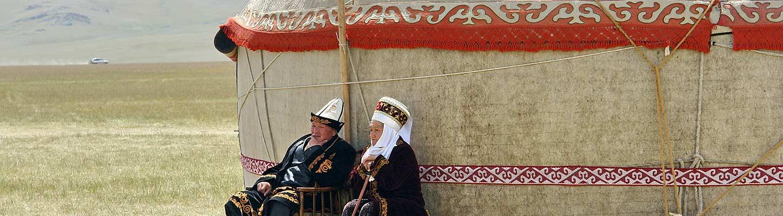 planet-ride-voyage-kirghizistan-4×4-yourte-nomades-habits-traditionnels