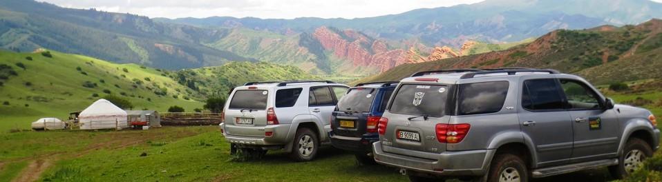 Dans les montagnes, lors de votre voyage au Kirghizistan en 4x4 avec Planet Ride et Azamat