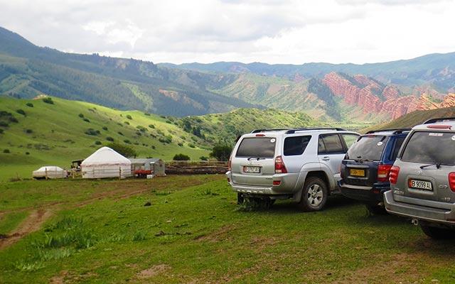 Voyage au Kirghizistan en 4x4 avec une agence de voyage locale