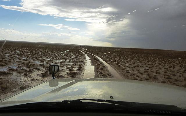 planet-ride-voyage-mongolie-4x4-piste-eau-premiere-personne