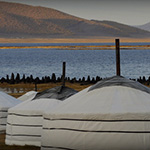 planet-ride-voyage-mongolie-moto-camp-yourte-nomade-lac