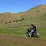 planet-ride-voyage-mongolie-moto-royal-enfield-piste-montagne-steppe