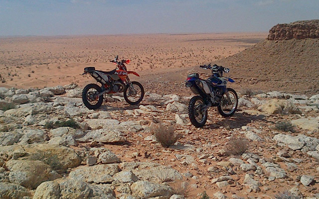 planet ride voyage moto tunisie dunes oasis