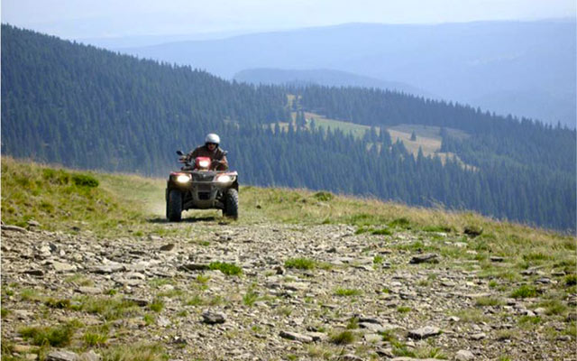planet-ride-voyage-quad-italie-sicile-ride-montagne