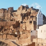 planet-ride-voyage-tunisie-buggy-chenini-mosque-maisons-troglodytes