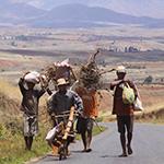 Voyage moto à Madagascar - Rencontres sur la route