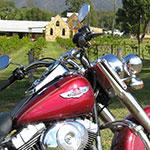 À moto dans la Hunter Valley, lors de votre voyage en Australie à moto avec Planet Ride