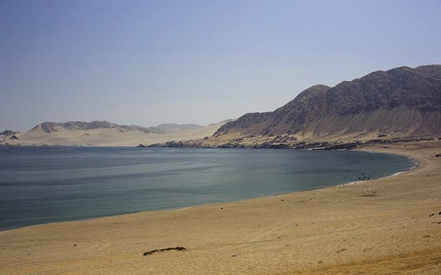 planet-ride-voyage-chili-buggy-course-atacama-desert-eau