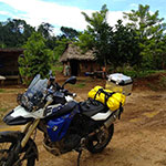 planet-ride-voyage-guatemala-moto-village