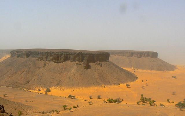 planet-ride-voyage-mauritanie-4x4-desert-roches