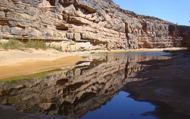planet-ride-voyage-mauritanie-4x4-lac-desert-falaises