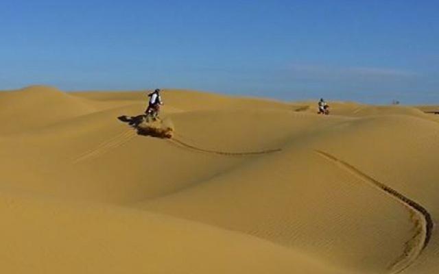 Voyage en Tunisie à moto avec une agence de voyage locale