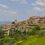 À Città della Pieve, lors de votre voyage en Italie en Vespa avec Planet Ride et Roberta