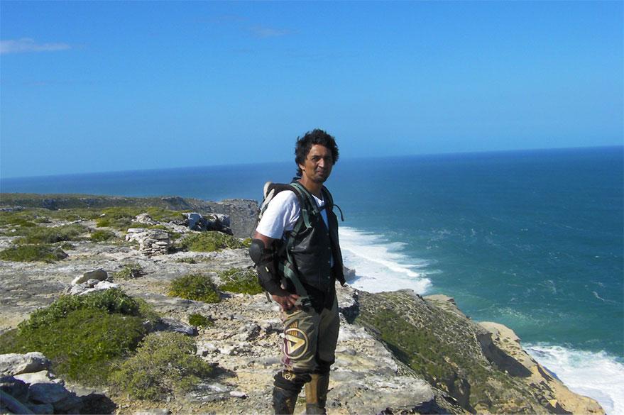Jean au Cap de Sainte-Marie à Madagascar, à la croisée du Canal du Mozambique et de l'Océan Indien avec Planet Ride
