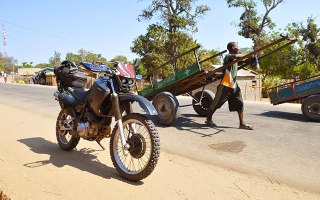 Vore Yamaha, en voyage à moto à Madagascar avec Planet Ride et Jean