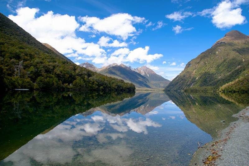 Gunn Lake dans l'île du sud, à découvrir en voyageant en Nouvelle Zélande en camping-car avec Planet Ride et Fabrice