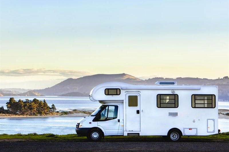 Voyager en famille en Océanie à bord d'un camping-car, avec Planet-Ride et Fabrice