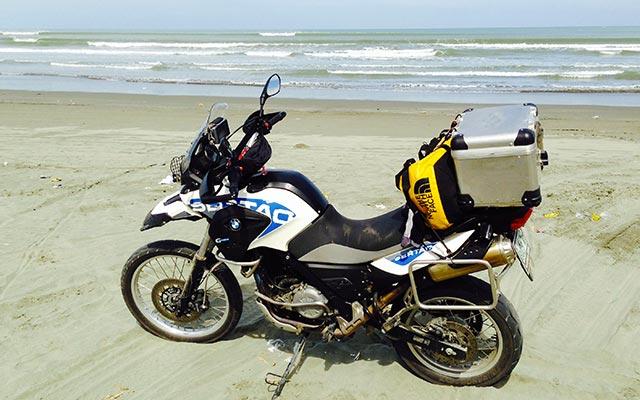 Votre BMW F650 GS, lors de votre voyage à moto aux Philippines avec Planet Ride et Philippe
