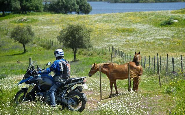 Voyage au Portugal à moto avec une agence de voyage locale
