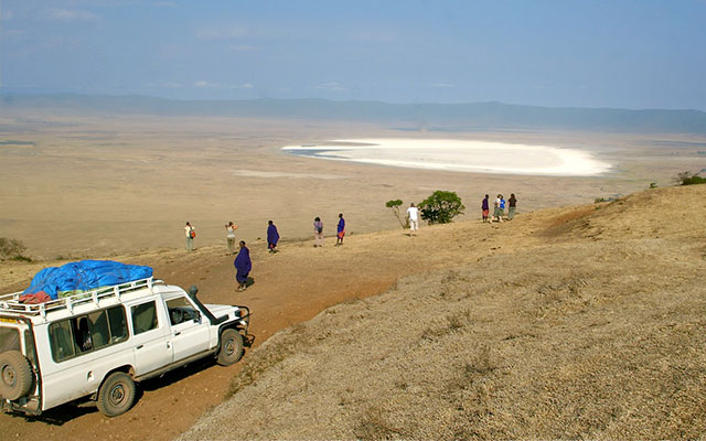 Au cratère du Ngorongoro, lors de votre voyage au Kenya et en Tanzanie avec Planet Ride et Carlo