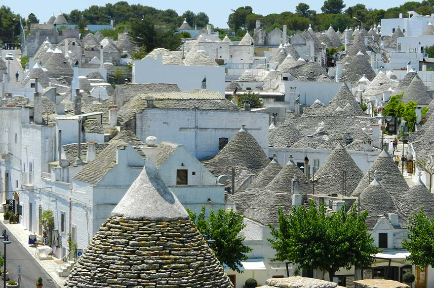 Trulli of Alberobello, on your trip to Italy in Vespa with Roberta, partner specialist Planet Ride