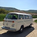 Voyage à Forcalquier avec Planet Ride en camping-car VW vintage France