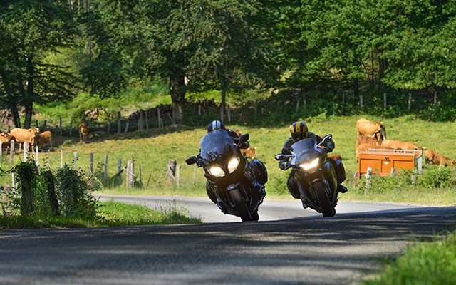 Travel in France with motorbike with a local travel agency