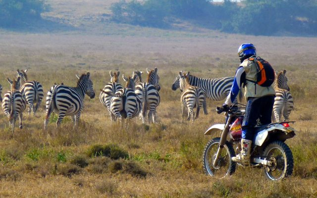 Fred - Kenya - moto