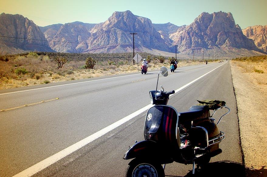 La Vespa sur les routes du monde avec Planet Ride