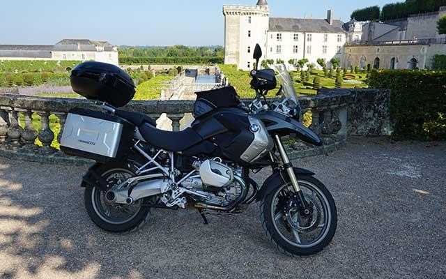 Votre moto BMW lors de votre voyage en normandie avec Planet Ride