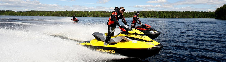 Voyage en Finlande en jet-ski avec Planet Ride
