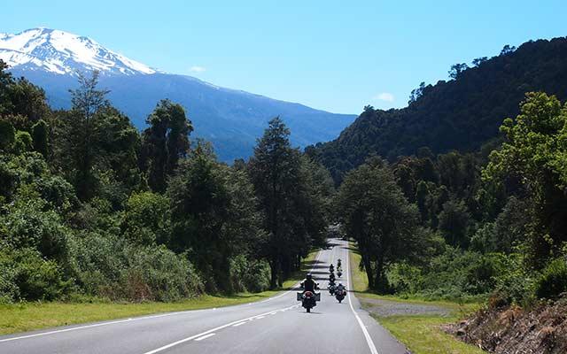 voyage-planet-ride-patagonie-moto-bariloche