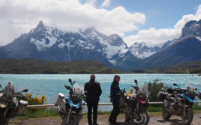 Voyage moto en Patagonie avec Planet Ride Tiorres del plaine