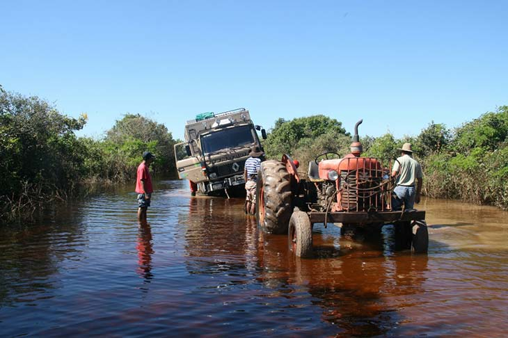récit de voyage famille dacaluf tour du monde en camion planet ride
