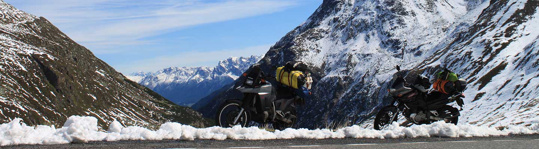voyage moto balkan planet ride motard roumanie transalpine