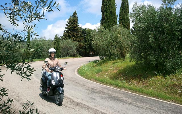 travel scooter italy with Planet Ride
