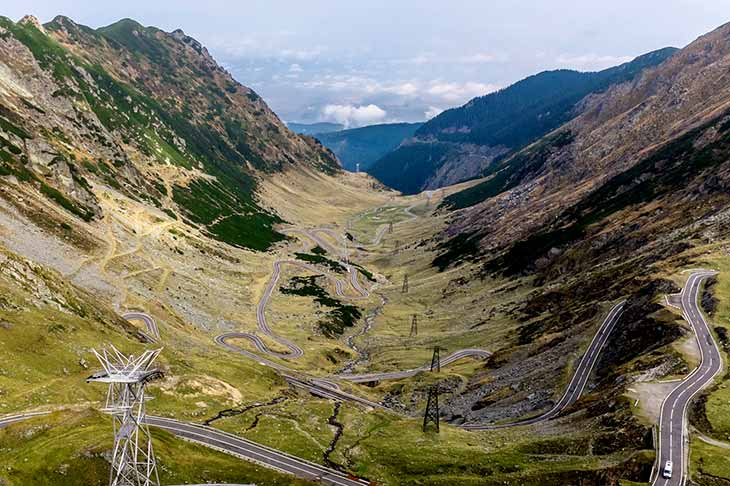 The most beautiful road of the week in Romania with Planet ride