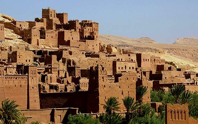 road trip moto maroc kasbah