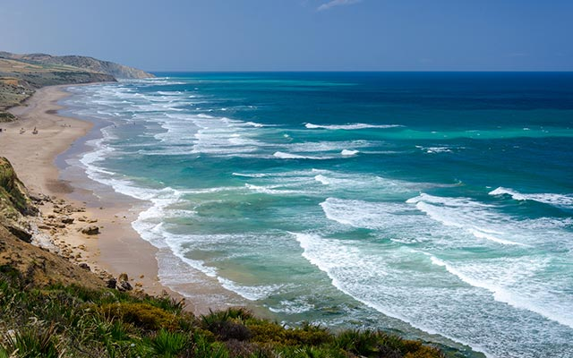 ocean atlantique lors d'un circuit moto au maroc