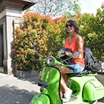 voyage en scooter à Bali Planet ride fleurs tropicales