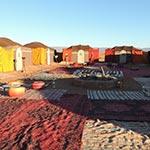 voyage moto au maroc bivouac en plein désert avec Planet Ride