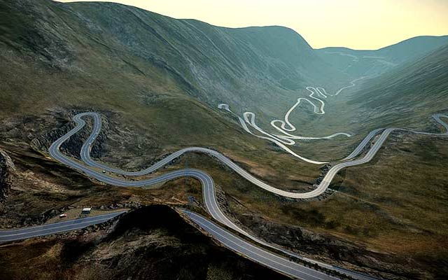 RoadTrip moto Roumanie Transfagarasan Pass avec Planet Ride