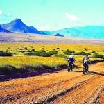Splendide route montagneuse lors de voyage a moto enduro avec fred au Kenya Planet Ride